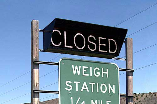 OPEN | CLOSED Weigh Station Sign - Oregon DOT